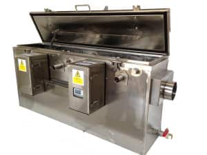Automatic grease removal unit